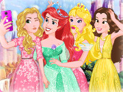 Click to Play Disney Princess Selfie